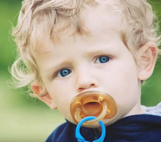 Are Pacifiers Bad For Newborns?